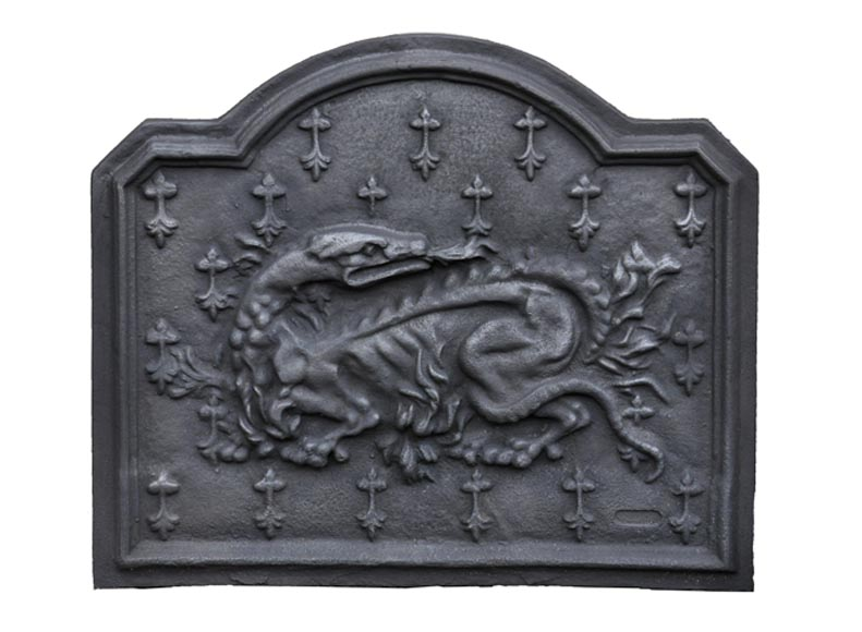 Cast iron fireback with the Salamander of King Francis Ist - Reference 10604