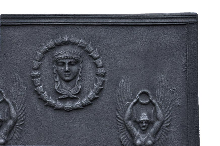 Empire cast iron fireback with Winged Victories, 19th century-3