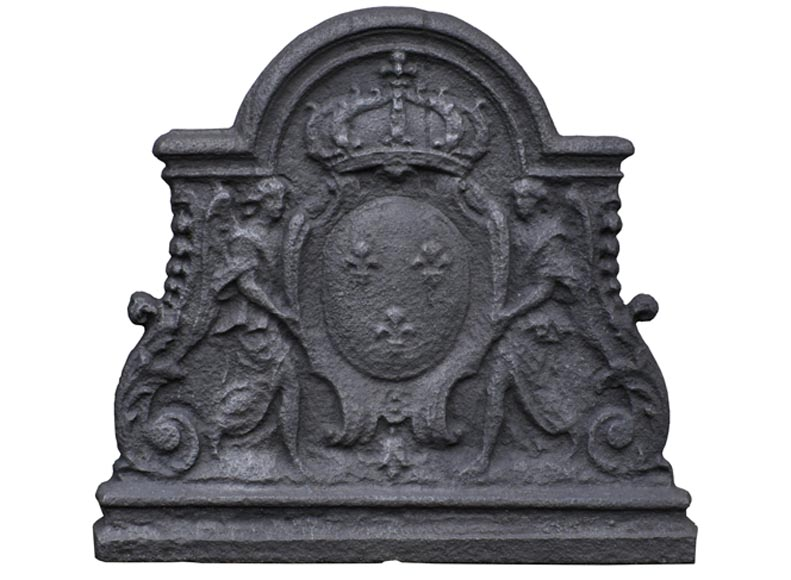 Antique cast iron fireback with French coat of Arms held by two angels, 18th century - Reference 10610