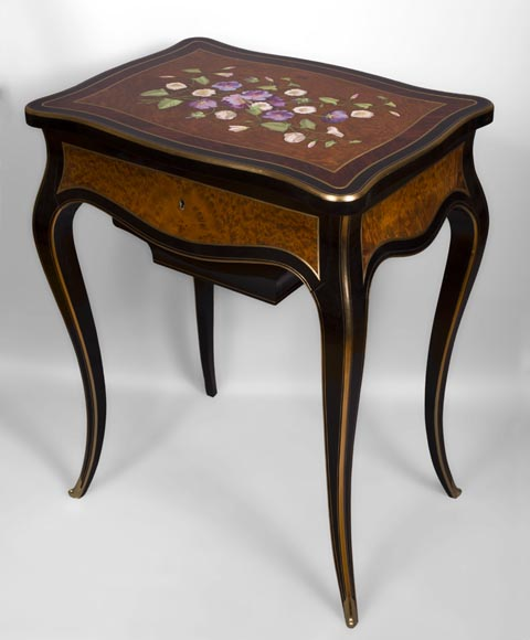Julien-Nicolas RIVART (1802-1867) - Sewing table decorated of white and purple campanulas in porcelain marquetry-1