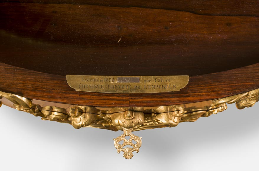 TAHAN Manufactory, Julien-Nicolas RIVART (1802-1867) and Pierre-Joseph GUEROU - Exceptional Louis XV style violin-shaped Desk Decorated with porcelain marquetry And gilt bronze espagnolettes-7