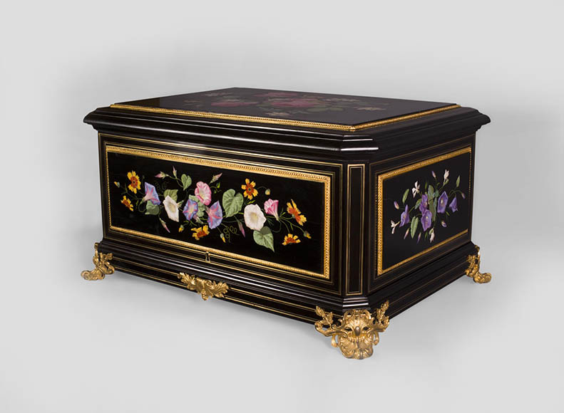 Julien-Nicolas RIVART (1802-1867) - Exceptional Jewel Case decorated with porcelain marquetry from Elsa Schiaparelli's collection-0