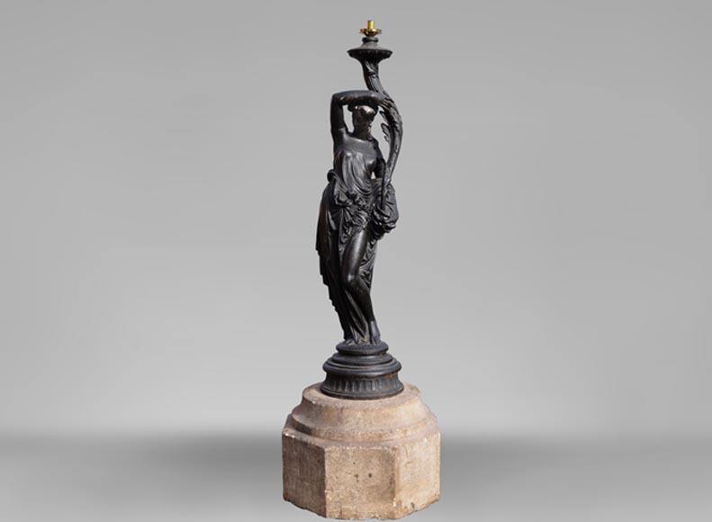 """Vestal"", antique cast iron torchere lamp by the Durenne Foundry in Sommevoire - Reference 10724"
