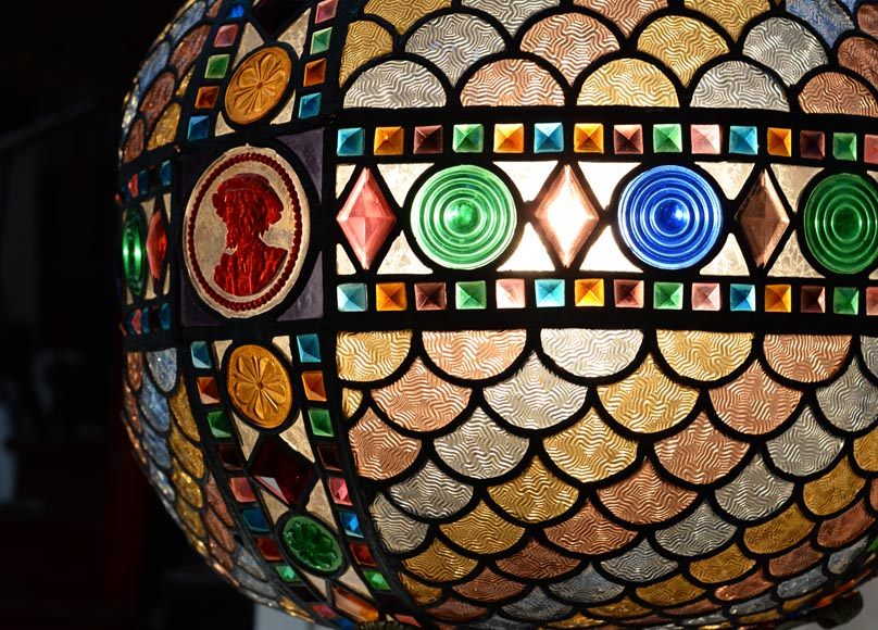 Beautiful antique Neo-Gothic style spherical chandelier in stained glass, late 19th century-2