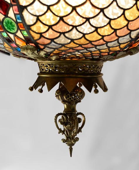 Beautiful antique Neo-Gothic style spherical chandelier in stained glass, late 19th century-4
