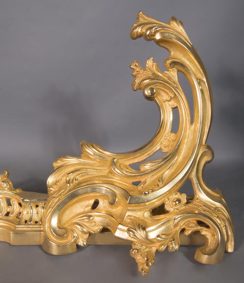 Louis XV style chenets bar, in gilded bronze-1