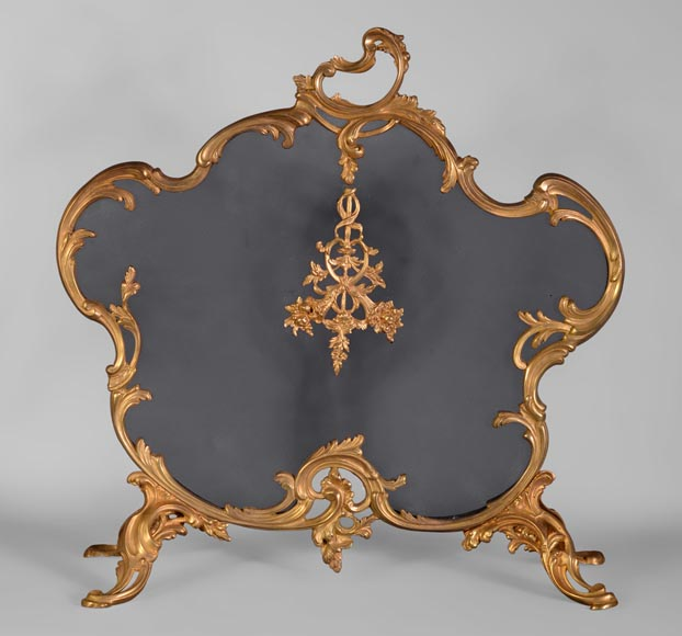 Antique Louis XV style firescreen with cornucopias decor in gilt bronze - Reference 10788
