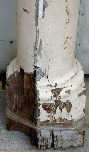 Pair of 18th century wood columns-4