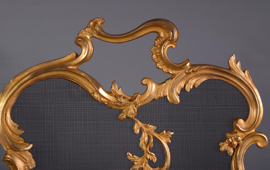 Antique Louis XV style firescreen in gilt bronze, flaming torch decor-2