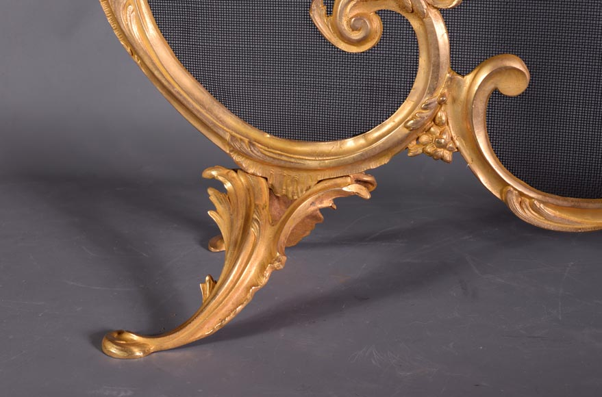 Antique Louis XV style firescreen in gilt bronze, flaming torch decor-5