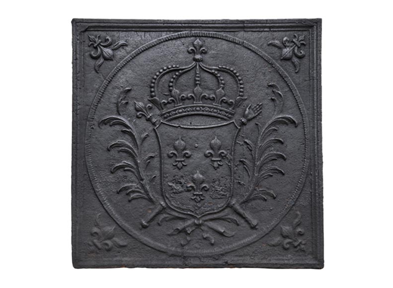 Antique 18th-century cast iron fireback with French coat of arms, Scepter and Hand of Justice - Reference 10807