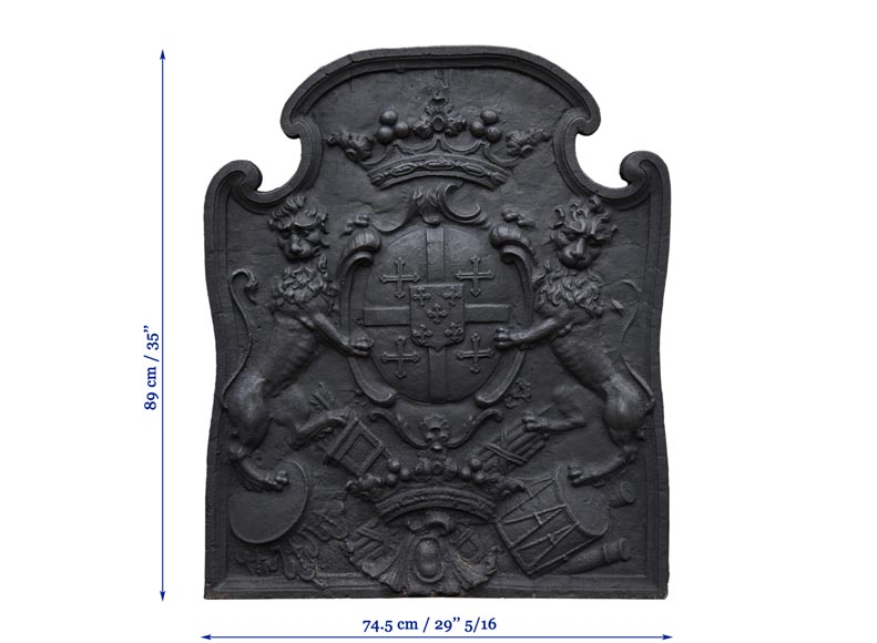 Beautiful antique cast iron fireback with the Cléron family coat of arms, 18th century-9