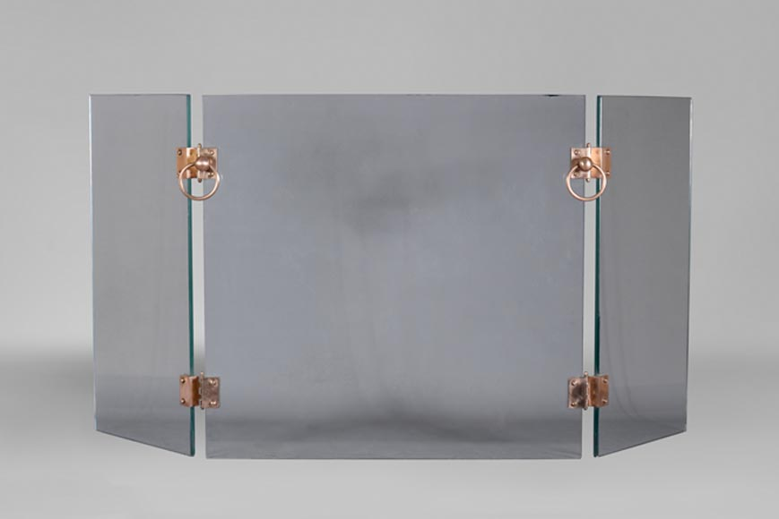 Firescreen in glass and brass, 1970s, after a model by Jacques Adnet - Reference 10818
