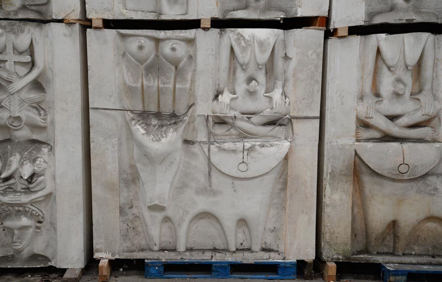 Set of ethnic style monumental decorative elements in plaster, 20th century-2