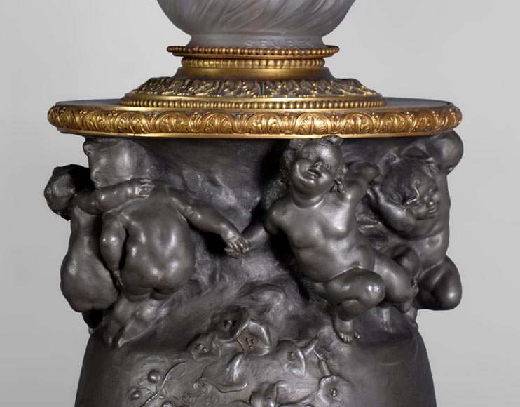 Paul ROUSSEL (1867-1928) Napoleon III style pair of pewter lamps, E. Soleau cast iron Edition and globe signed Sèvres-2