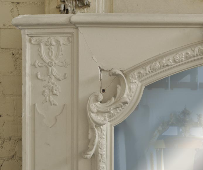 Antique Louis XV style overmantel pierglass with shell-2