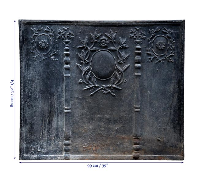Large antique cast iron fireback with pillars of Hercules and Louis XVI style laurel branches-7