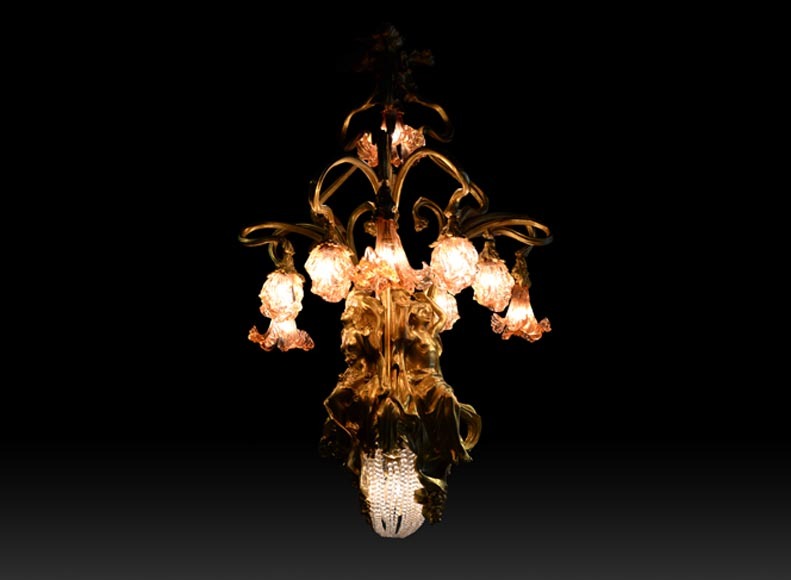 Beautiful antique Art Nouveau style chandelier in gilt bronze and molded glass with languid bodies and nine lights-0