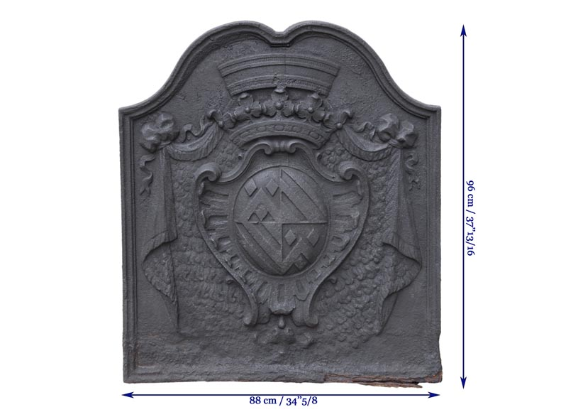 Beautiful antique cast iron fireback with the Fyot family coat of arms, 18th century-7