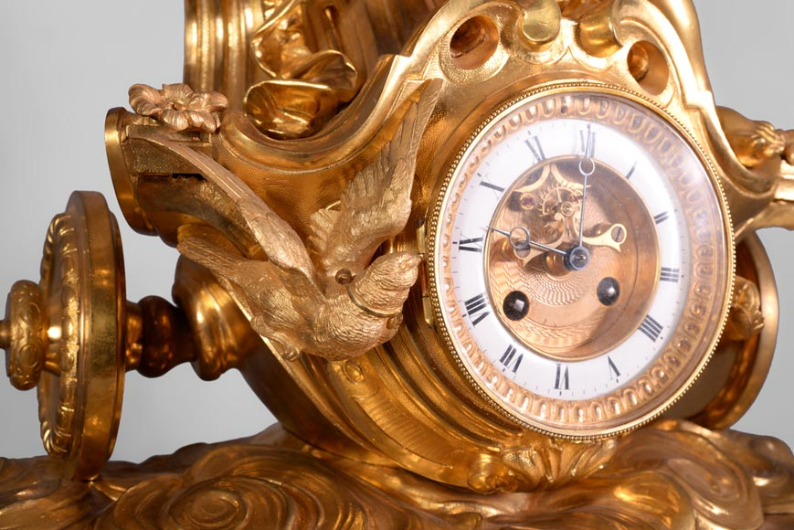 Cupid on a chariot, Napoleon III style clock in gilded bronze-4