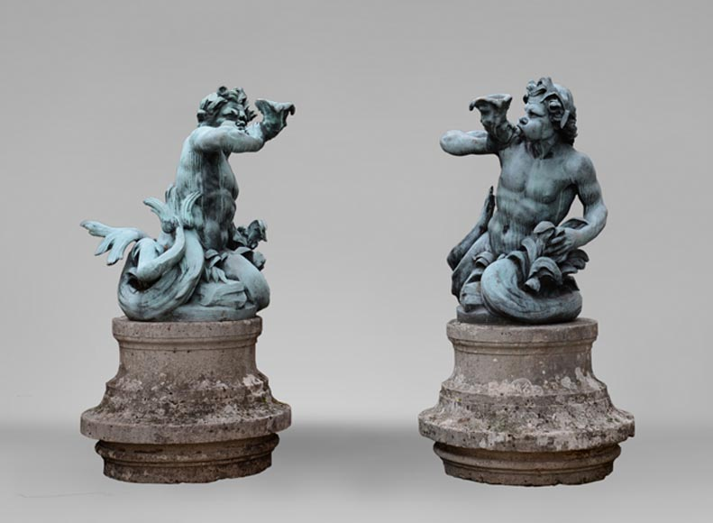 Important Louis XIV style pair of Tritons sounding a conch shell in bronze with green patina - Reference 10888
