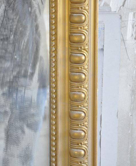 Antique Regence style overmantel pierglass painted in gold with shell and flowers-3