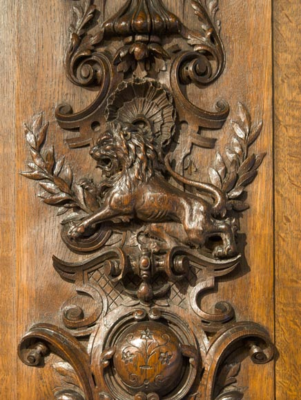 Richly carved Neo-Renaissance style buffet-10