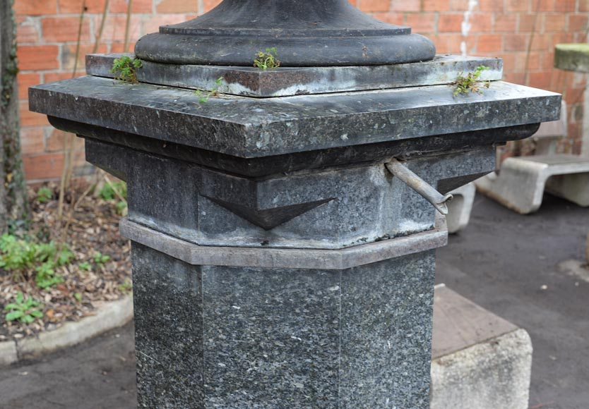 Antique large urn in French granite, mid-19th century-5