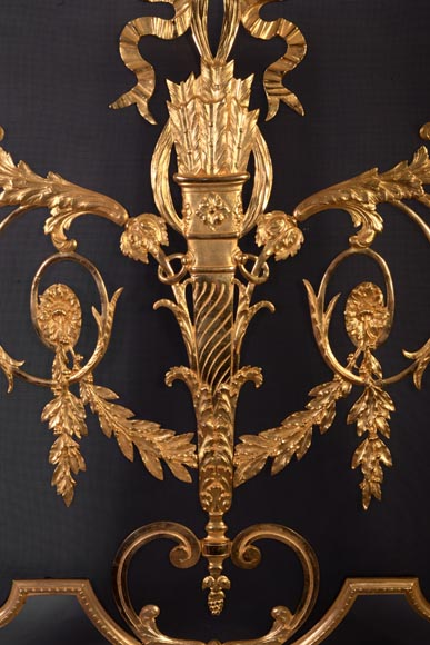 Beautiful antique Louis XVI style firescreen in gilt bronze with quiver-1