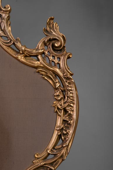 Louis XV style firescreen with Cupid in bronze, 1970's-4