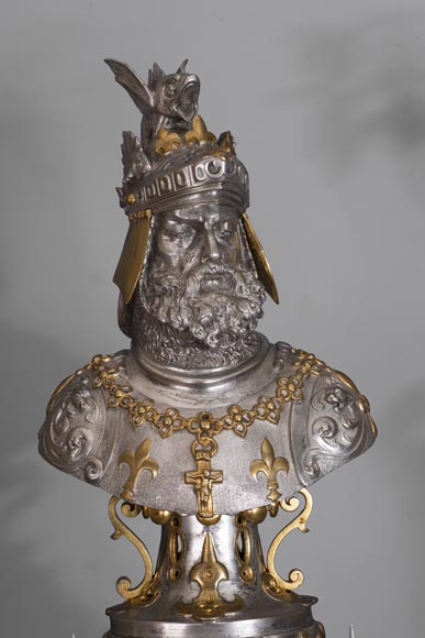 Bearded and armoured warrior clock set in silver and gilded bronze-1