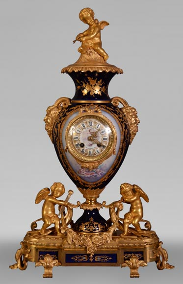 Napoleon III style clock, in Sèvres night blue porcelain and gilded bronze-0