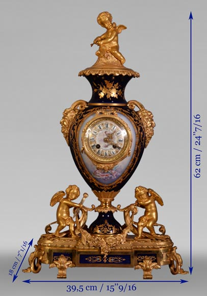 Napoleon III style clock, in Sèvres night blue porcelain and gilded bronze-10