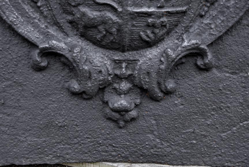 Antique cast iron fireback with the Joly family coat of arms, 18th century -4