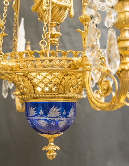 Napoleon III style chandelier in gilded bronze and Baccarat crystal-4