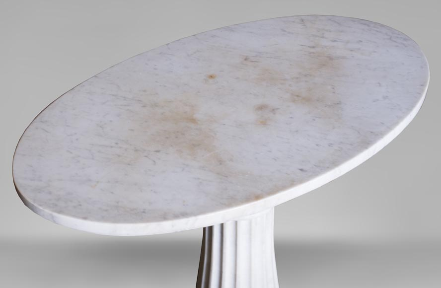 Neoclassical style pedestal table made out of Carrara marble-3