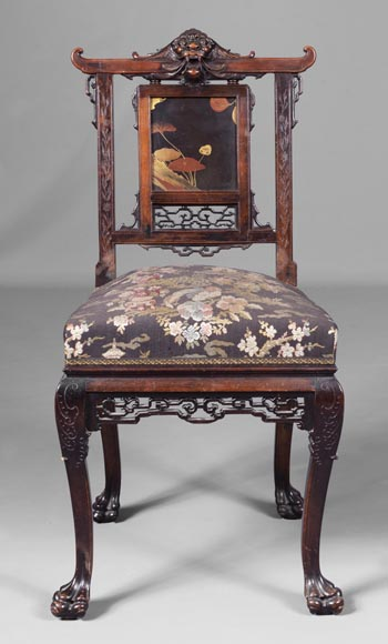 Pair of chairs inspired by the Far East-2