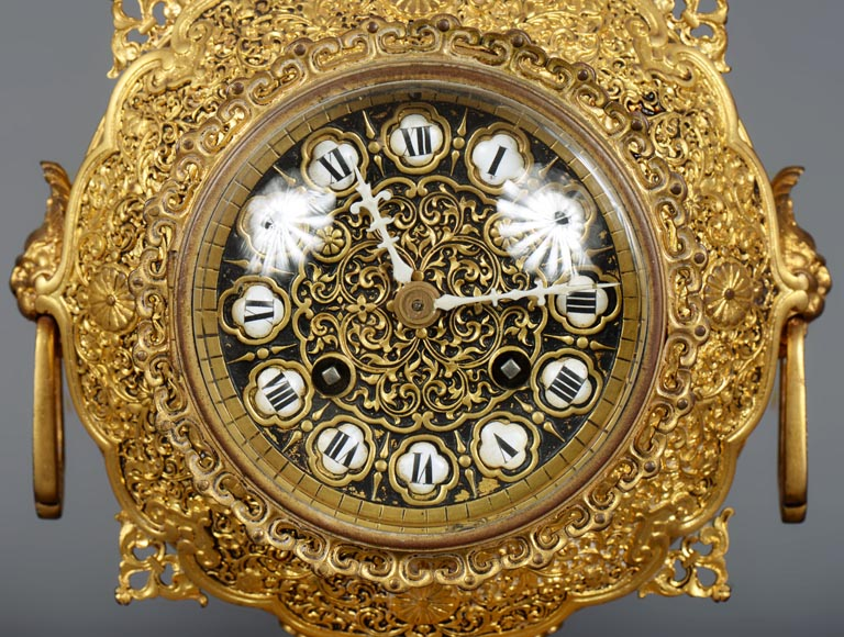 Ferdinand BARBEDIENNE (attributed to) - Small gilded bronze clock in the taste of Japan-4