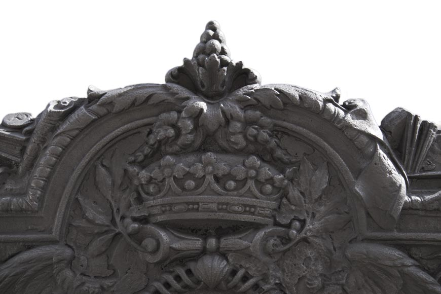 Exceptional antique cast iron fireback with the coat of arms of Jean-Baptiste Colbert, marquis of Seignelay-3