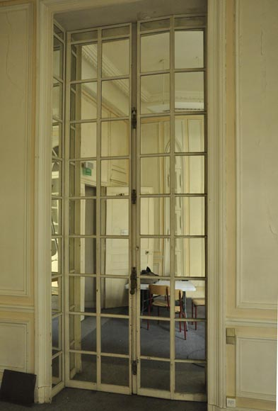 Three pairs of interior shutters made of metal with mirrors-2