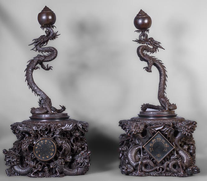 Set including a clock and a barometer with dragon decoration-0