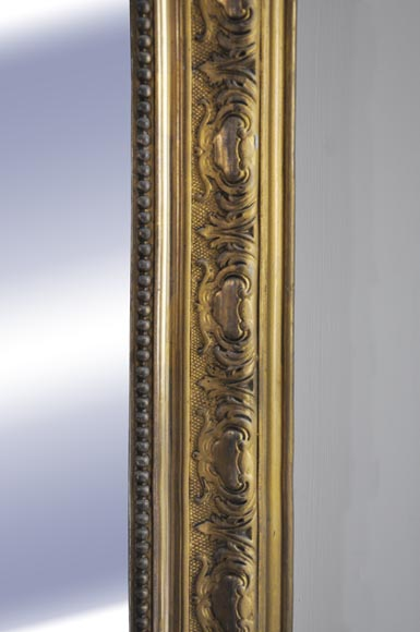 Antique Regence style gilded overmantel pierglass with foliages-1