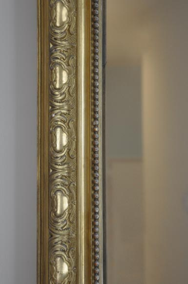 Antique Regence style gilded overmantel pierglass with foliages-4