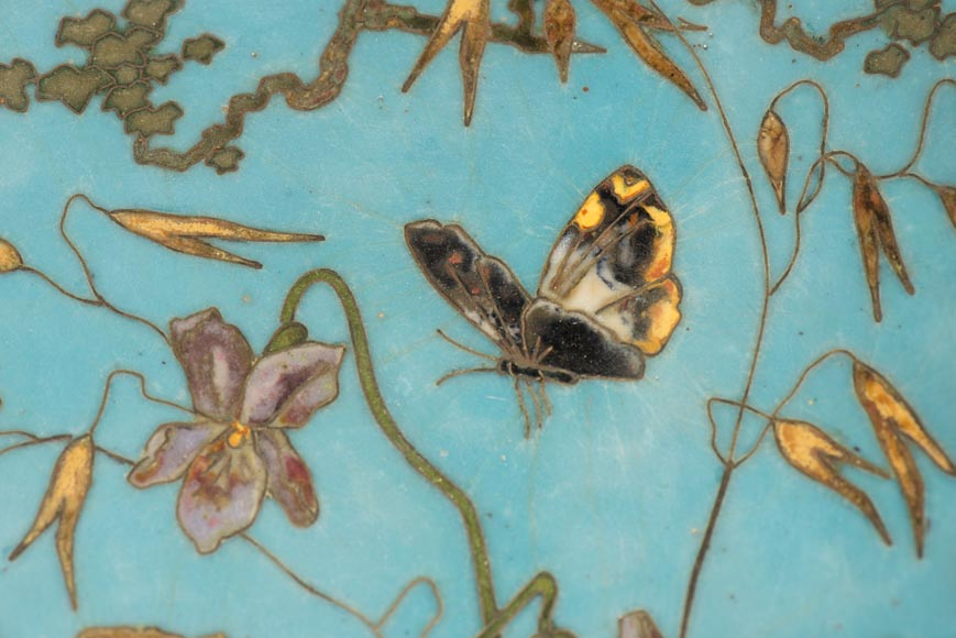 André-Fernand THESMAR (1843-1912) and Ferdinand BARBEDIENNE (1810-1892) - Plate with Chickadee and butterfly-2