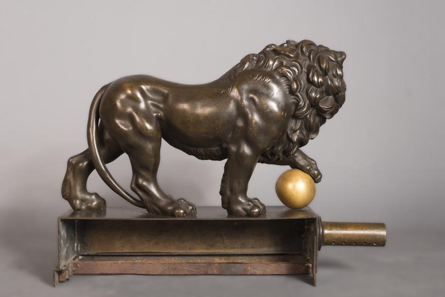 Beautiful antique firefender with brown patina, lions and gilded balls-5