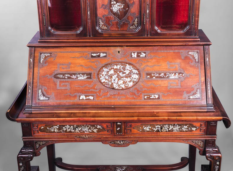 Japanese style secretary with mother-of-pearl butterfly decoration-2