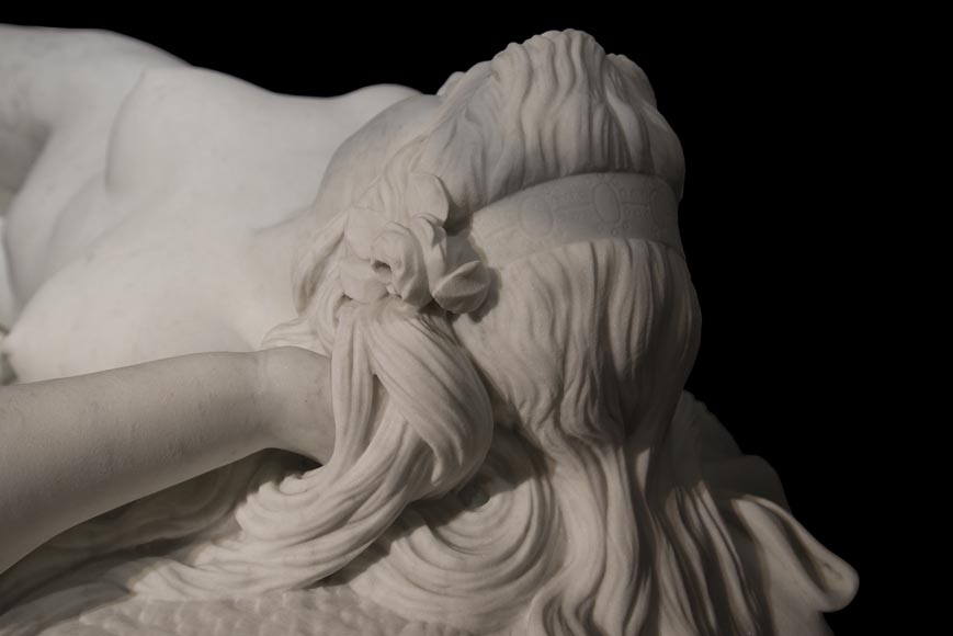 Splendid Statuary Carrara marble statue representing « Armida's dream » by Amand-Désiré-Honoré Barré, World's Fair of 1878