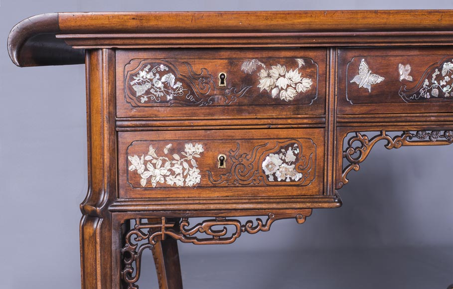 Maison des Bmbous Alfred PERRET and Ernest VIBERT (attributed to) - Japanese flat desk with mother-of-pearl and ivory decoration-3