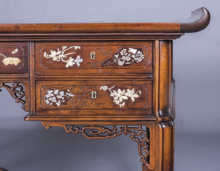 Maison des Bmbous Alfred PERRET and Ernest VIBERT (attributed to) - Japanese flat desk with mother-of-pearl and ivory decoration-5