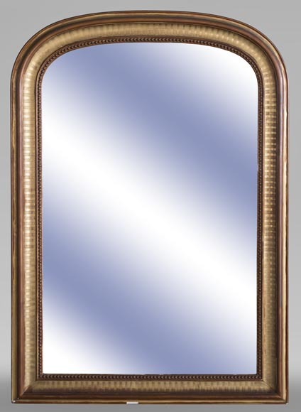 An antique Louis-Philippe style mirror with pearls-0